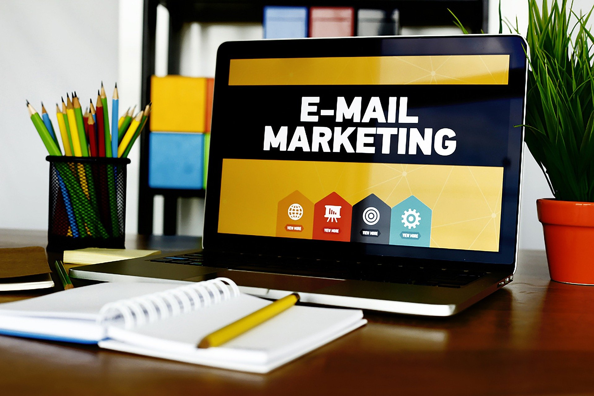 Tips when building your email signature with Crossware Mail Signature